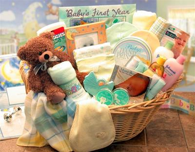 Deluxe Welcome Home Precious Baby Basket (LG)